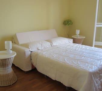 Bright room :) - Apartment