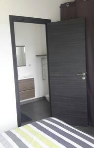Une chambre tout confort au calme - Ghisonaccia - House