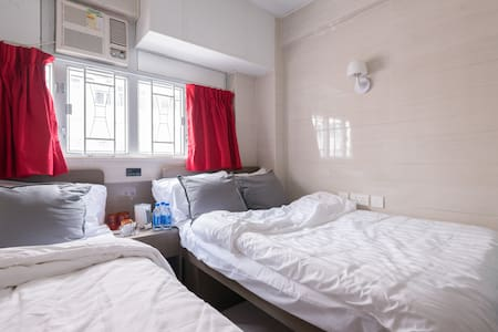 'Inn Square' provides a FAMILY BEDROOM with private bathroom. We provides a comfy and tidy place at an affordable rate for travelers. The room size is 130 sqf. Quiet and comfy sleeping condition is guaranteed.
