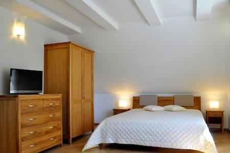 Trečioji Nida / Apartments - House
