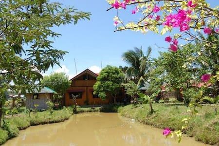 Charming Probinsya-style House - Pagbilao - House