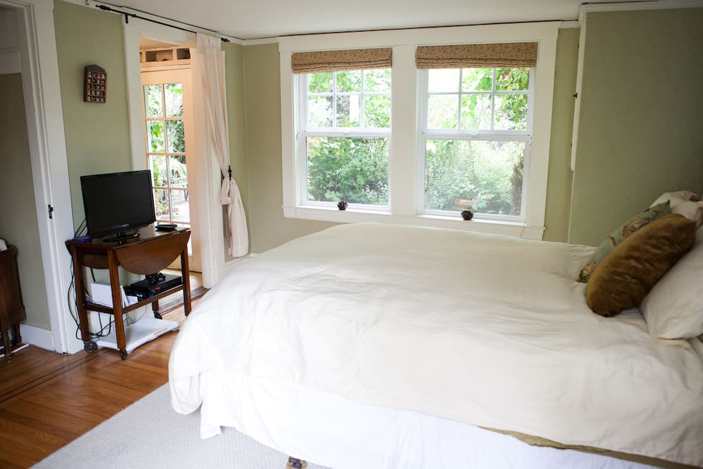 Comfortable and tranquil SF escape