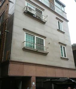 고고스 게스트하우스 입니다-^^ 1인실^^ - 송파구 - House