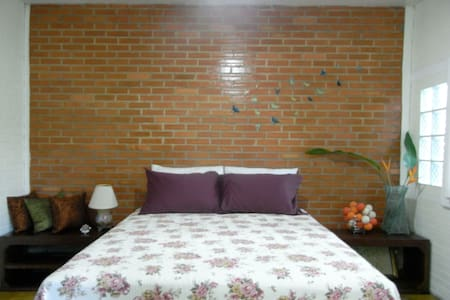 Bluebutterfly  - Mueang Chiang Mai - Bed & Breakfast