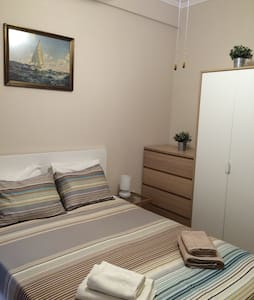 Cosy flat next to sea & center. - Leilighet