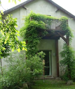 Atelierhaus auf dem Künstlerhof - Wohnung