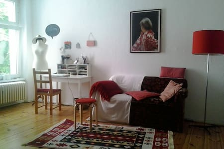 Charming Apartment in Kreuzberg