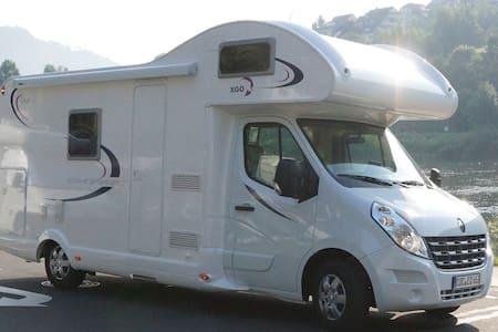 Luxus wohnmobil mieten in der Eifel - Udler