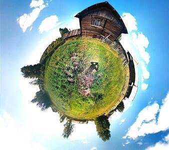 Домик в деревне - Заподюжье - Hus i træerne