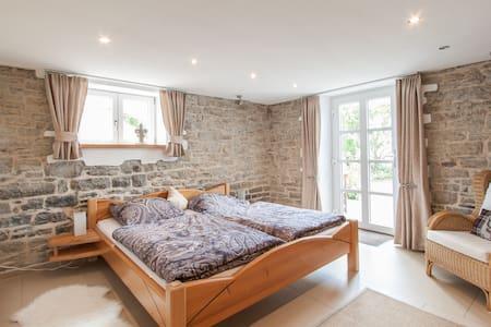 Liebevoll eingerichtetes Zimmer - Casa