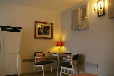 La source de Bury, double room - Bed & Breakfast