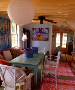 Endless Summer Beach Cottage , With KAYAKS - Hus