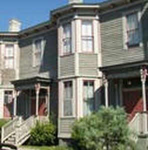Historic, Hall Street Row House