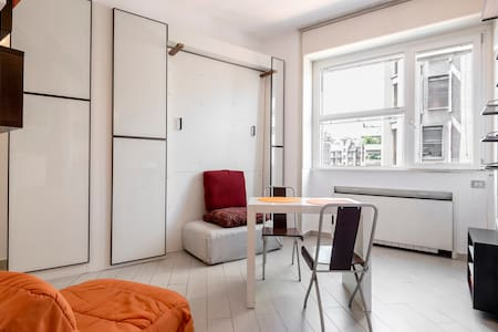 HISTORICAL CENTRE AT BUDGET PRICE 2 - Milano - Apartment