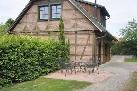 Appartement-Landhaus, Heidekreis - Bomlitz - Wohnung