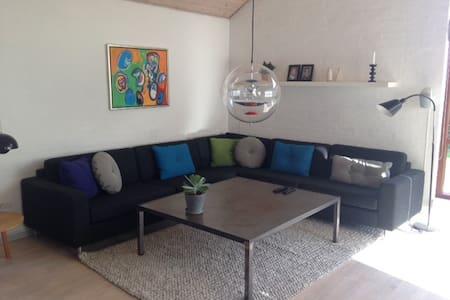 Lækker villa i skønne omgivelser - Villa