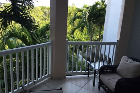 Luxury Room in Upscale Townhome! - Key West - Maison de ville