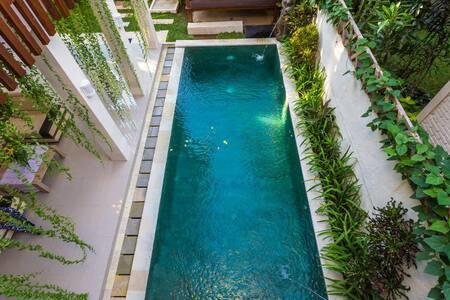 Hidden Oasis Villa Seminyak - Kuta - Villa
