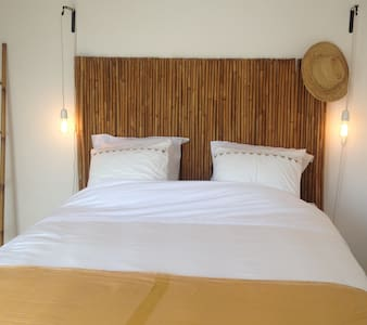 Maison d'hôtes, 3 chambres, plage à pied: 5mn - Bed & Breakfast
