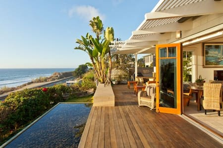 Gorgeous Del Mar Oceanfront Cottage - Del Mar