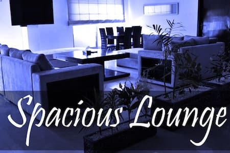 Luxury room, Bahria Town. - Bed & Breakfast