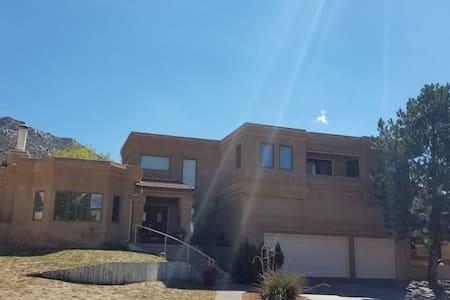 Peaceful Retreat - Albuquerque