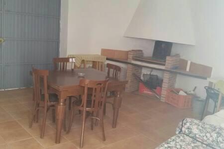 Casa Rústica en castralvo (Teruel) - Teruel