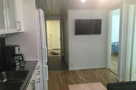 Fräsch 3-rums lägenhet nära centrum och hav! - Varberg - Apartment