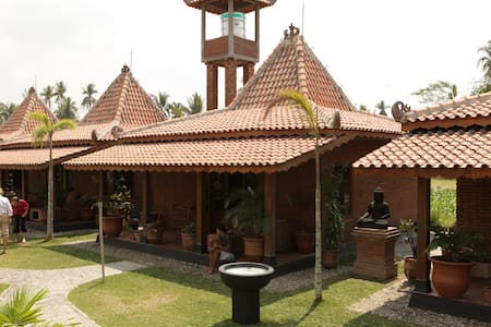 Rumah Dharma - Villa