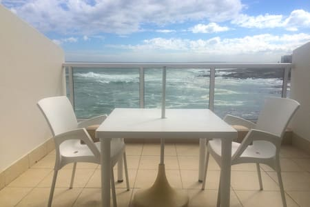 Studio Apartment in Bantry Bay - Kaapstad