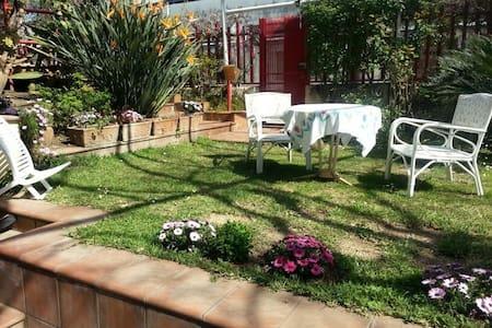 Villa Paestum, near Salerno centre - Hus