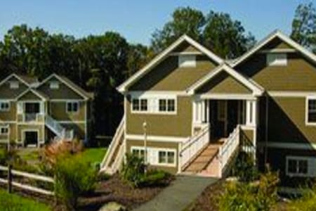 Pocono's Shawnee Village - Condomínio