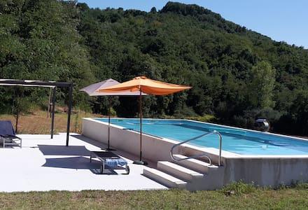 Maison moderne avec piscine - Charmes-sur-l'herbasse - House