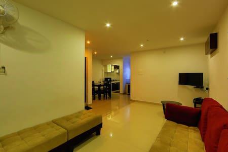 2 Bhk Apartment - Lakás