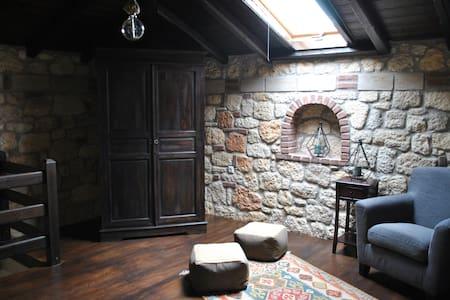 New luxurious seaside maisonette - Psakoudia - Huis