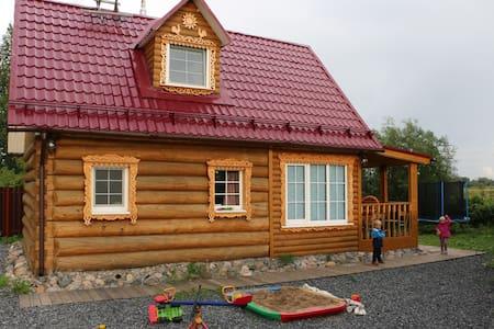 Гостевой дом на озере - House