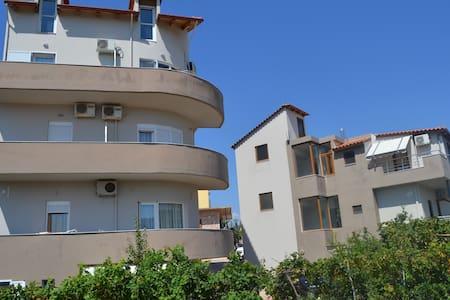 ksamil apartments - Apartment