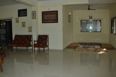 Shantivan single room & hall ...With lake view - Mulshi  - Hus