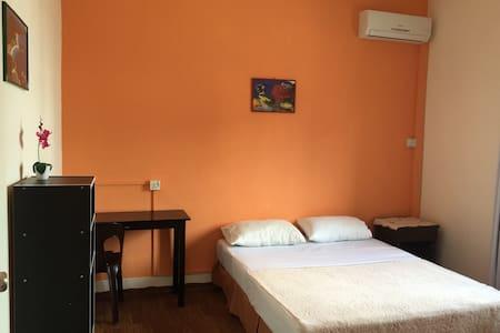 Double room (Air-Con) - Kota Kinabalu - Wikt i opierunek