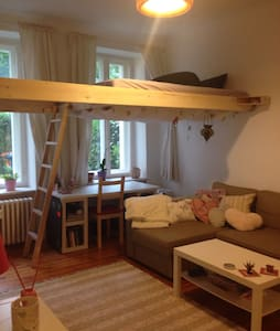 Lovely apartment in quite neighborhood - Berlin - Wohnung