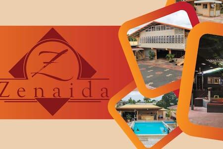 Zenaida - Lakás