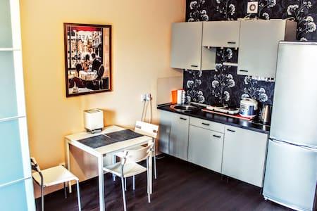 Новая квартира-студия м.Девяткино - Lägenhet