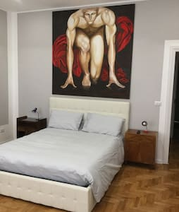 Room Suite Rome (in the Heart)x2/4
