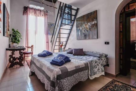 The Mansardina. B & B, wifi, art... - Agrigento - House