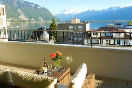 Brand new apart w/lake view terrace - Montreux - Appartement