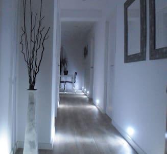 Apartamento 3 hab, terraza 30 m2, playa a 100 m. - Appartement