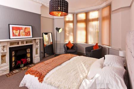 Spacious, Welcoming, Modern Flat in Pontcanna - Cardiff