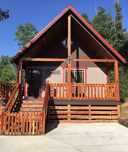 Talley's Cabins and Breakfast by Dale Hollow Lake - Hilham - 小木屋