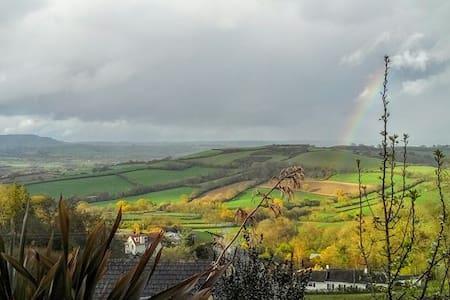 Hillside retreat with stunning views, West Dorset. - Chalet