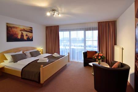 Double room with breakfast - Rückholz - Bed & Breakfast